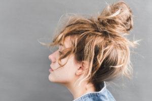 Восстановить волосы весной