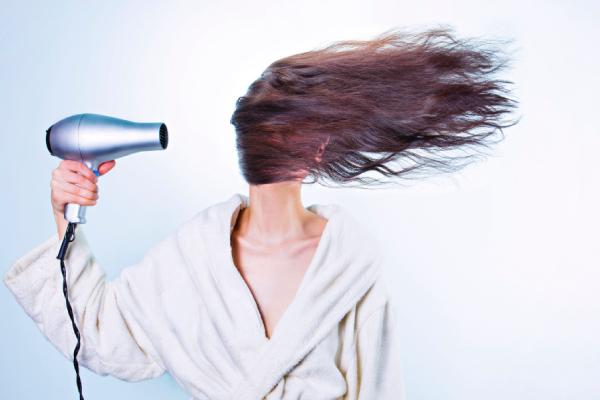 Сено-солома. Секреты парикмахера для красивых волос летом