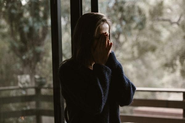 Что такое токсичные отношения, чек-лист признаков, что ты в отношениях с абьюзером, как выйти из токсичных отношений