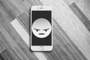 Как управлять эмоциями. 5 простых техник на каждый день