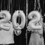 Новый год — 2021: где и в чем встретить, новогоднее меню, правильные подарки, новогодние приметы