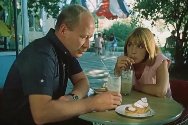 Выйти замуж за капитана, Виктор Проскурин