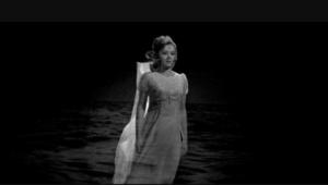 Кадр из фильма «Бегущая по волнам»