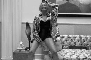 62-летняя Шэрон Стоун выложила в свой Инстаграм фотку в боди
