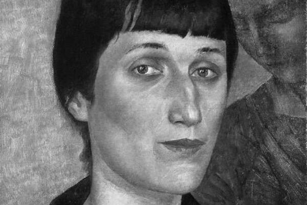 Анна Ахматова. Эйфелева башня нашей поэзии