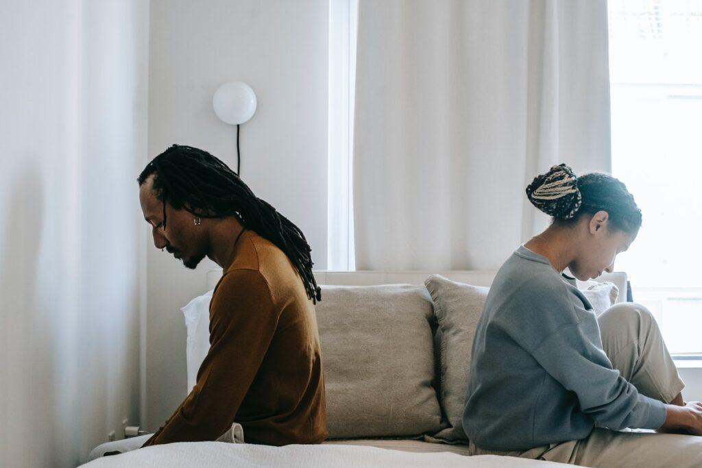 10 признаков, что отношения себя изжили и вам пора расстаться