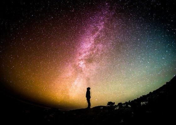 Подробный гороскоп на неделю и таро-прогноз для всех знаков зодиака.