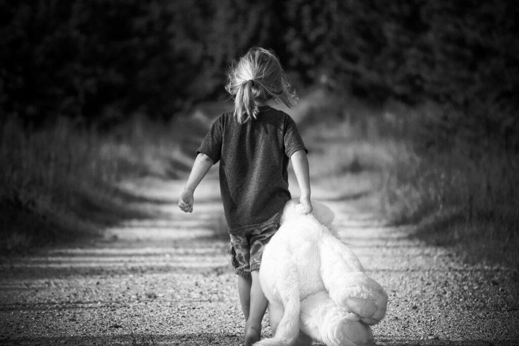 В Международный день защиты детей рассказываем истории усыновления и говорим о самом главном праве ребенка – на то, чтобы расти в любви и заботе.