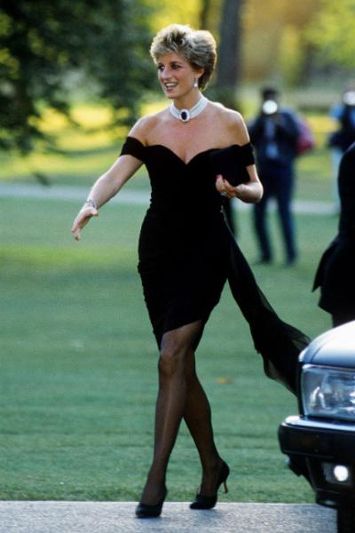 Принцесса Диана: жизнь королевы сердец, иконы стиля и самой популярной женщины в мире